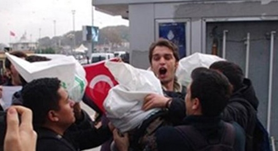 Turks Nationalists attacked American sailors