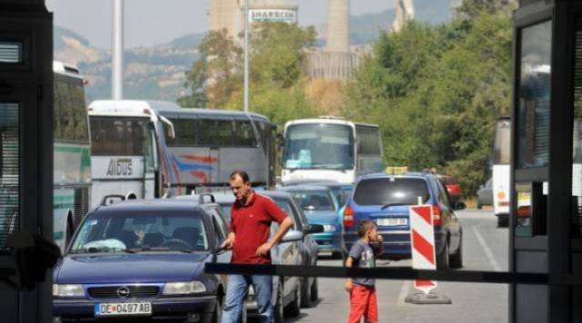 Barriers of free movement between Pristina and Skopje
