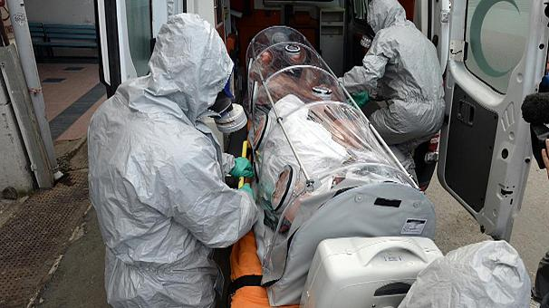 Greek doctors-nurces report gaps in the protection for Ebola