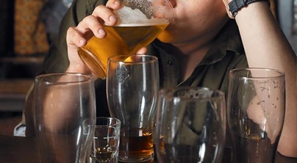 Romania looks at tackling heavy drinking