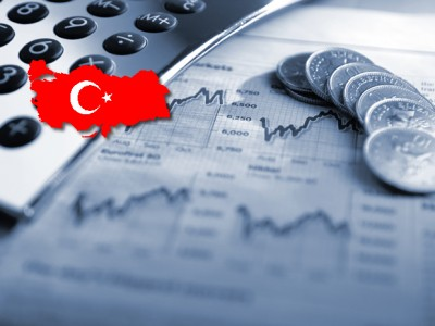 Turkish economy shows signs of crisis