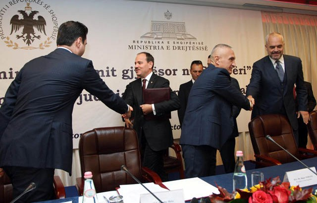 Opposition says that it will never accept the new territorial division of Albania