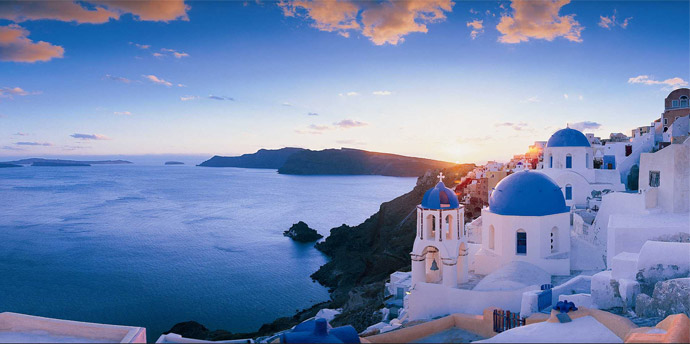 Santorini tops the searches of the Chinese on the Internet