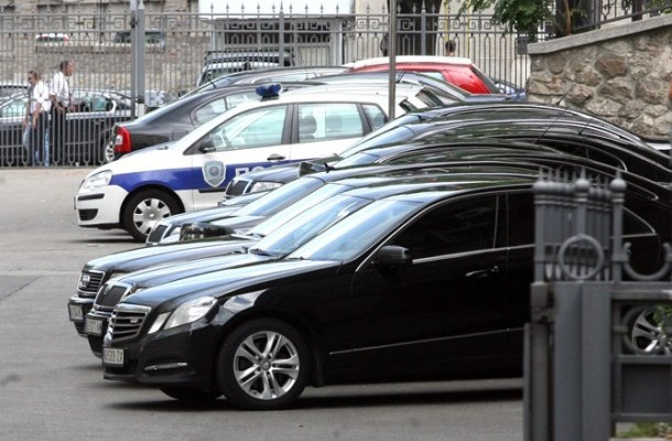 Over three thousand official vehicles in FYROM