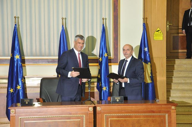 Governing coalition agreement in Kosovo signed, Thaci will be president in 2016