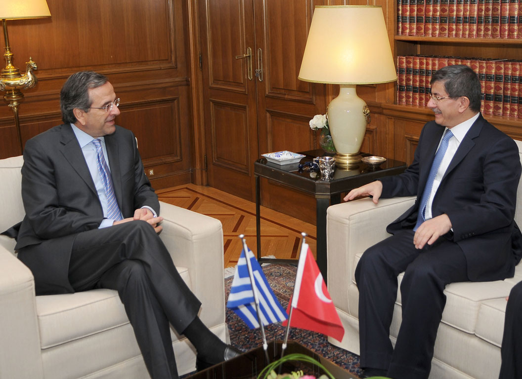 Greece and Turkey Prime Minister examined formula for the resumption of negotiations on the Cyprus problem