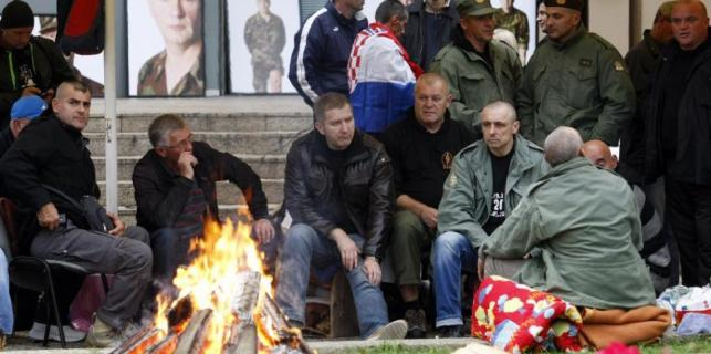 Veterans ask for Prime Minister's resignation after 47 days of protests