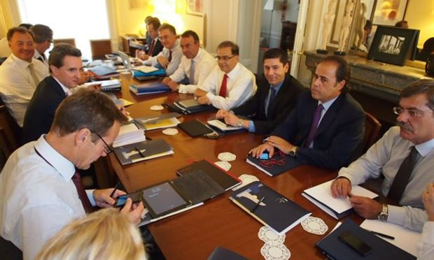 Estimates for agreement with the troika by Monday