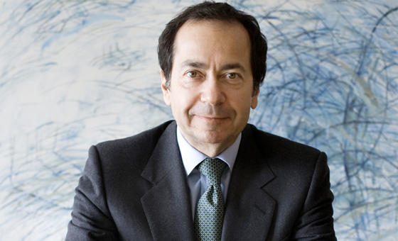 John Paulson freezes his investments to Greece
