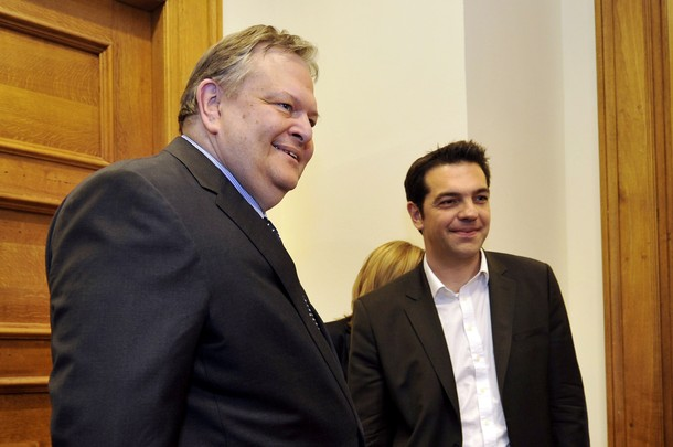 Tsipras – Venizelos meeting revolved around foreign affairs issues