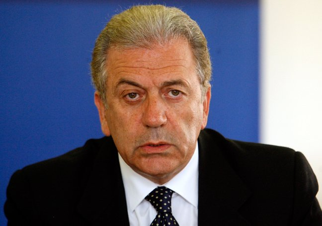 Avramopoulos is SYRIZA's and ANEL's choice for President of the Republic