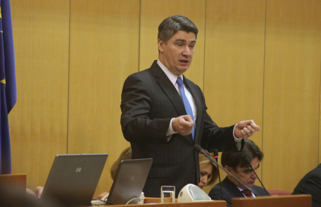 Milanovic reports to Croatian Parliament on the works of European Council