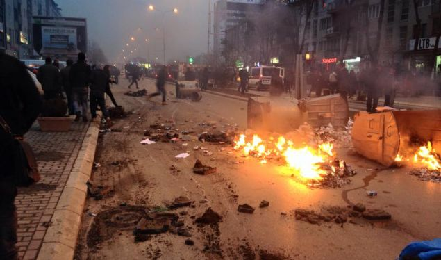 Unrest in Kosovo, many wounded and over 100 people arrested
