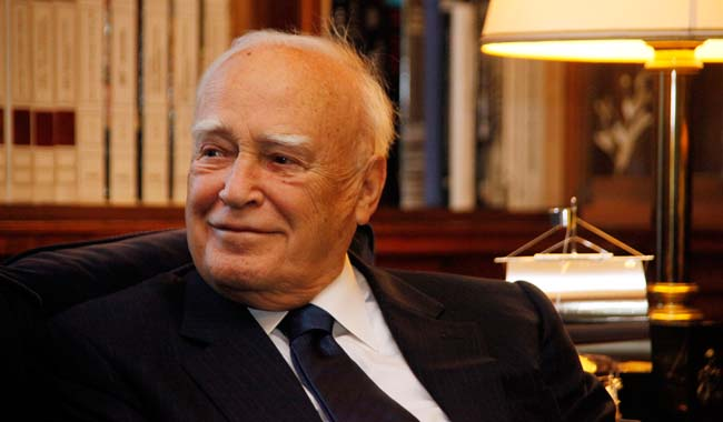 Karolos Papoulias: There is need for unity and composure