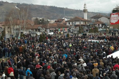 Muslims in Serbia protest against Charlie Hebdo