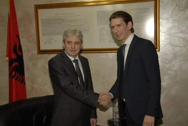 Kurz-Ahmeti-Name dispute must be solved before Nato accession