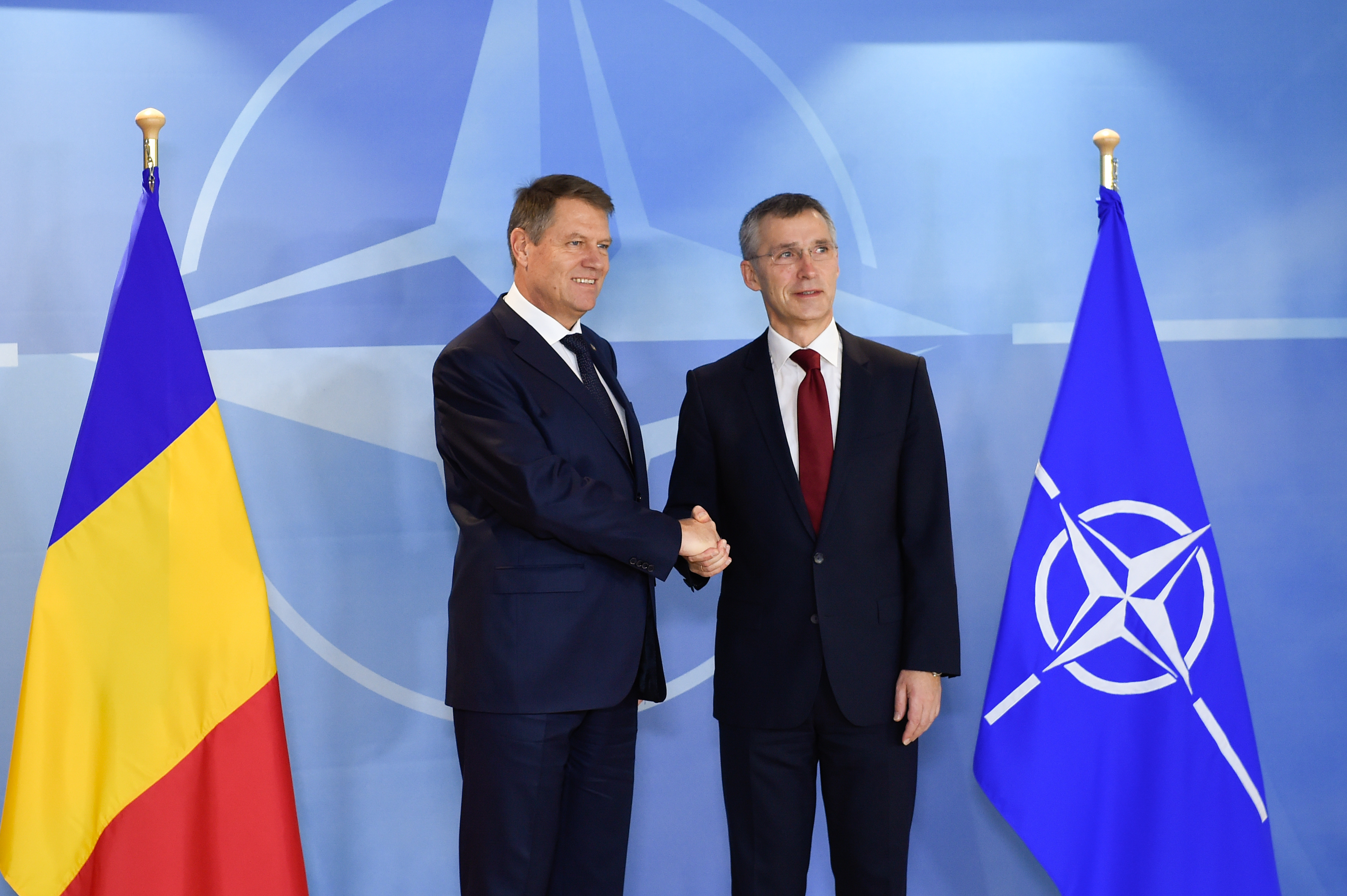 Romanian President talks defense funds, stage of anti-missile base during visit in Brussels