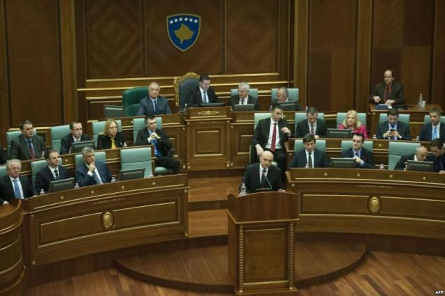 New government in Kosovo to face domestic and international challenges