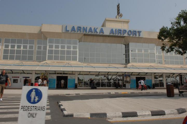 'No danger' for passengers on flight with suspected Ebola case