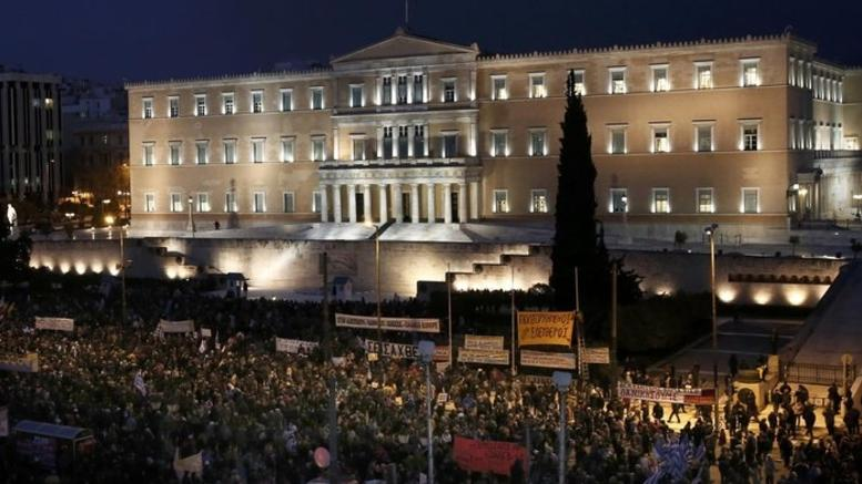 For a 'breath of dignity' asked once again protesters in Greece and Europe
