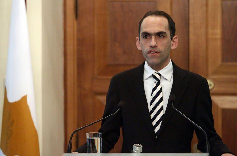 CyprusFinance Ministerconfidentfor a Greek deal inEurogroup