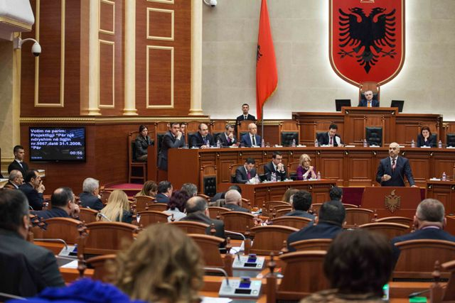 Clashes between the President and the Government culminate in Albania