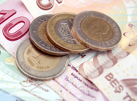 Devaluation of the turkish lira causes serious problems in construction sector