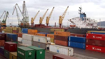 Bulgaria's foreign trade balance in January – November 2014 was negative – statistics institute