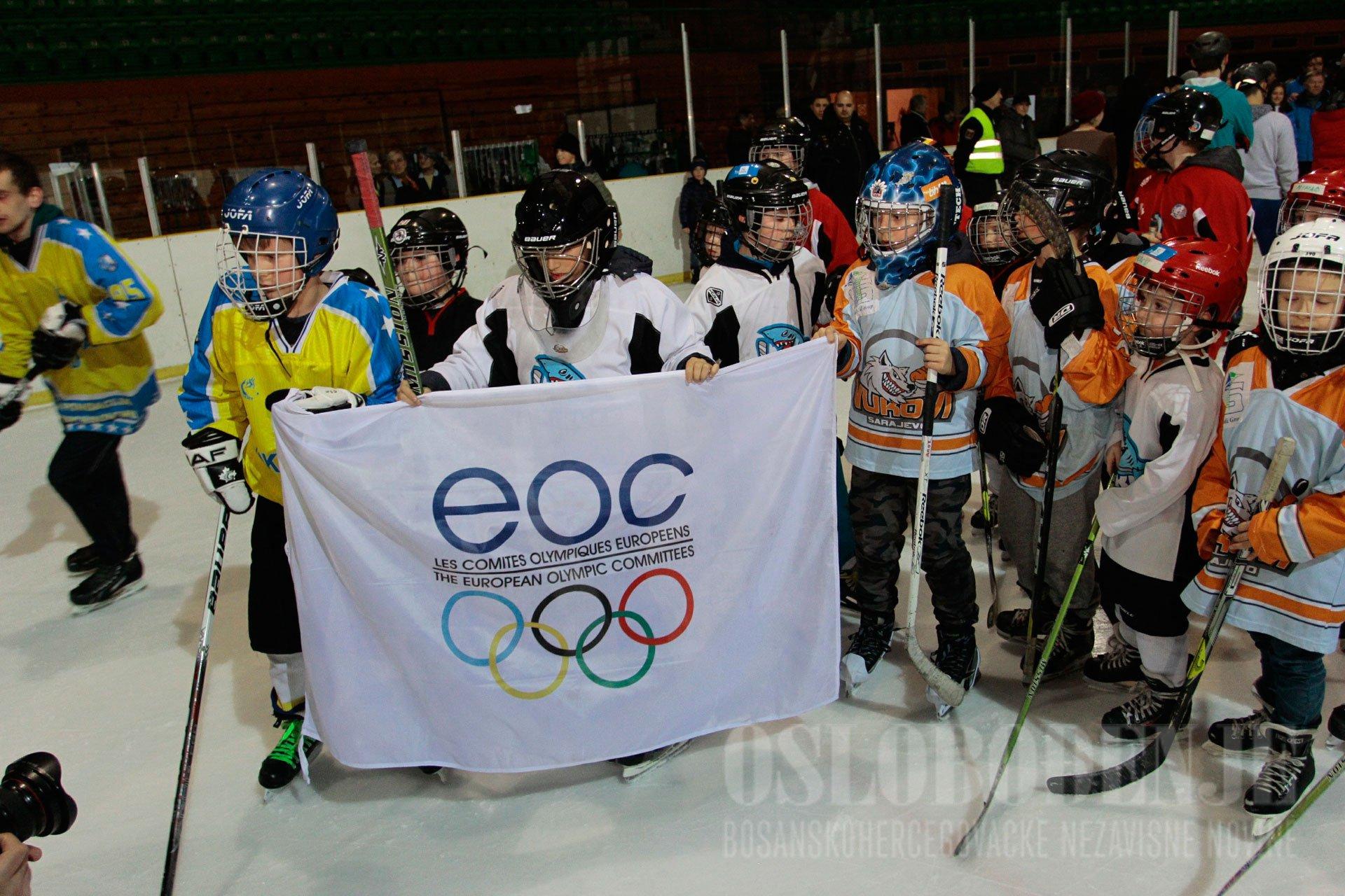Olympic flag returns to Sarajevo