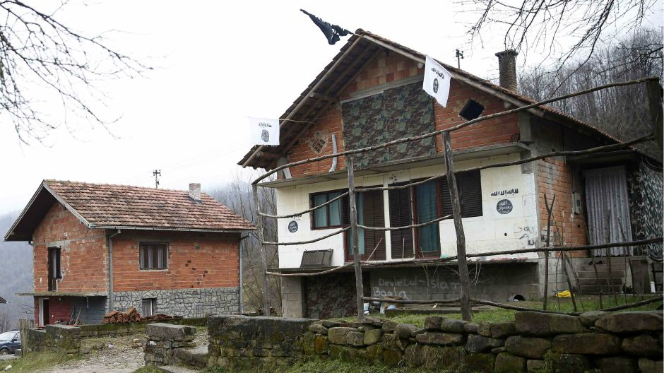 ISIS flag sighted in Gornja Maoca
