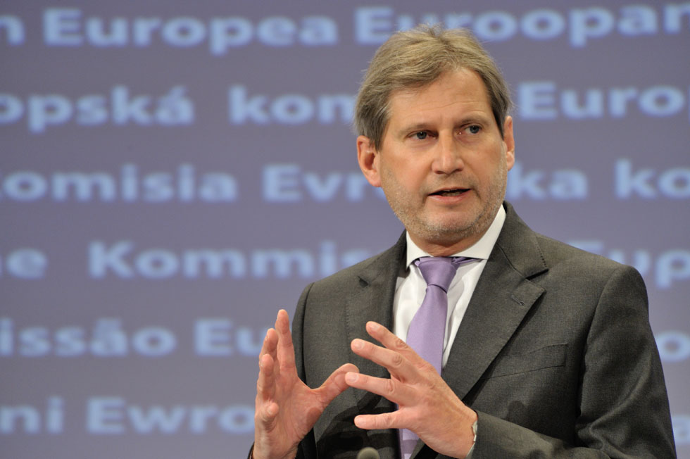 HAHN: Serbia to align its policy with EU's