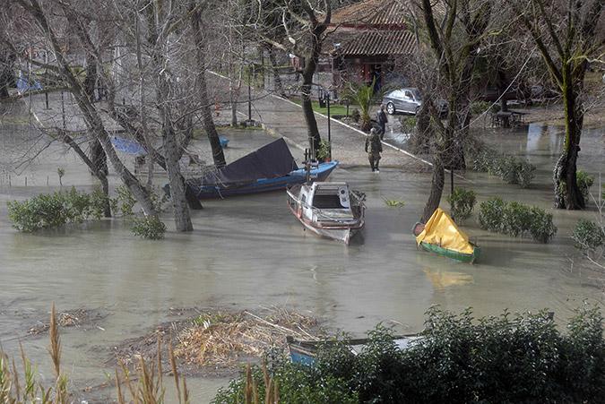 Stormy weather devastates Greece