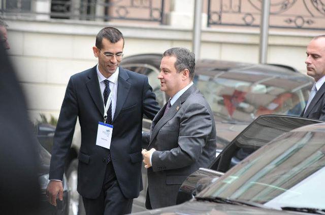 Serbia softens its tones toward Kosovo