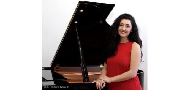 """Elbenita Kajtazi in the """"Rossini Opera Festival"""" in Italy"""