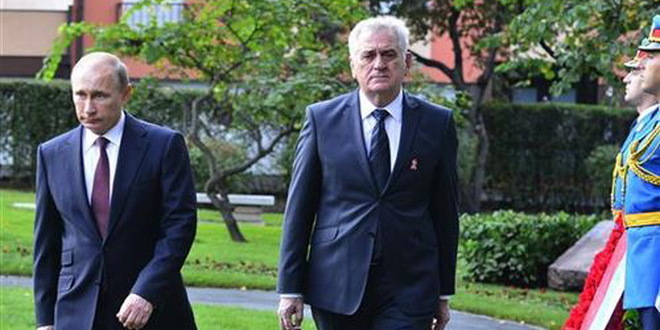 Nikolic to attend Victory Day parade in Moscow