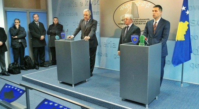 Liberalization of visas is not that far, says EU Commissioner Avramopoulos