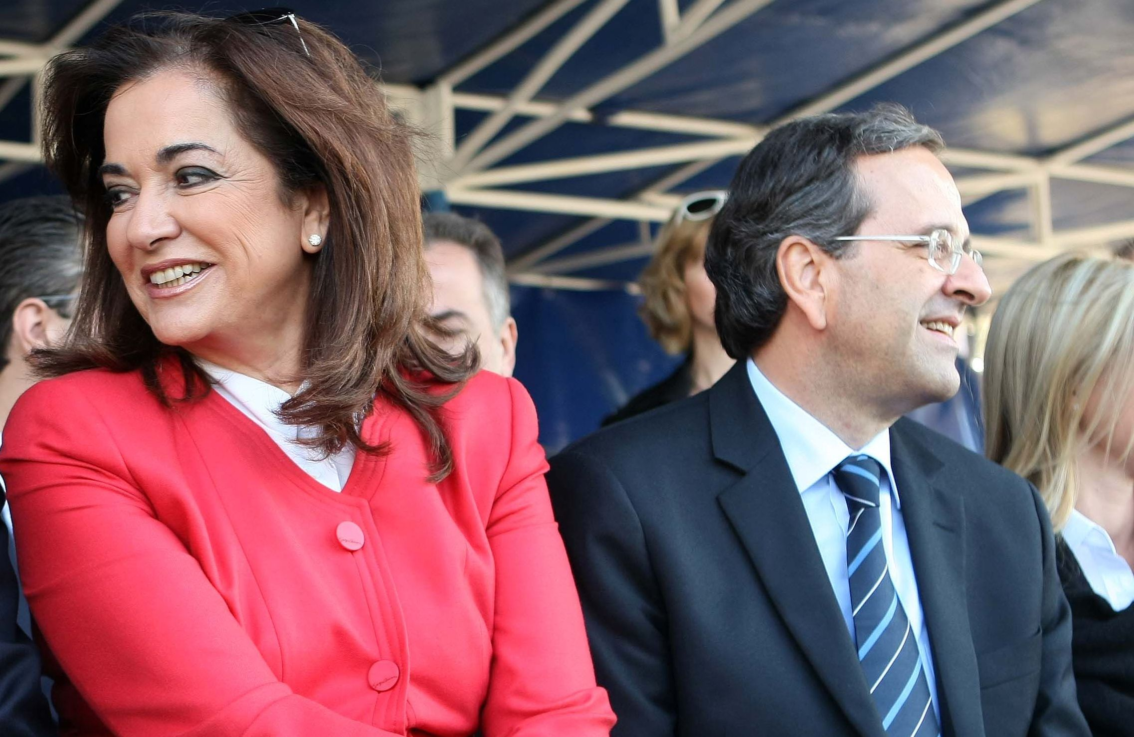 Antonis Samaras challenged in the Parliamentary Group of New Democracy