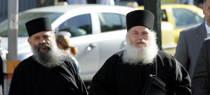 The trial for the scandal of the Monastery of Vatopedi to start Monday
