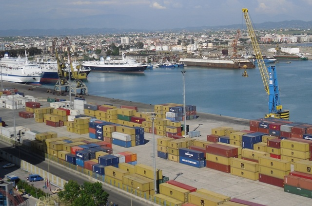 2% drop of exports in the first quarter in Albania