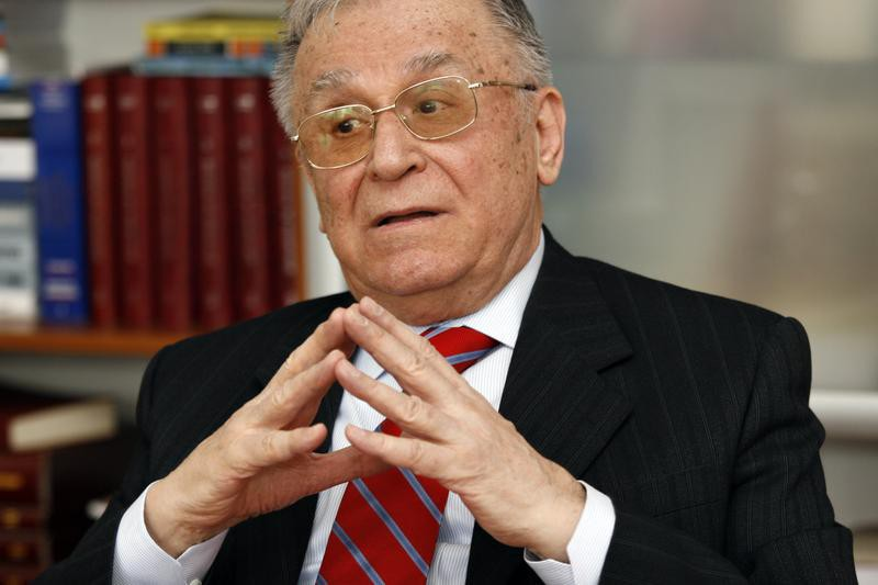 Former Romanian President backtracks on statements on CIA prisons