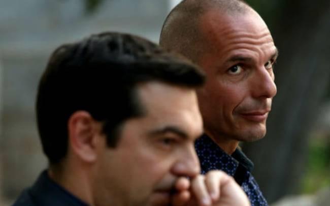 Tsipras reshuffles Greek negotiating team; Varoufakis given back seat