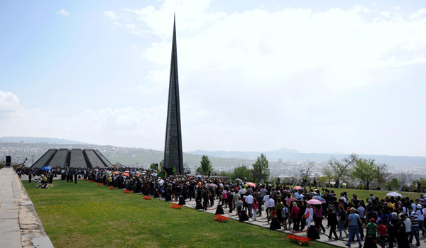 Armenians commemorate the victims of the genocide