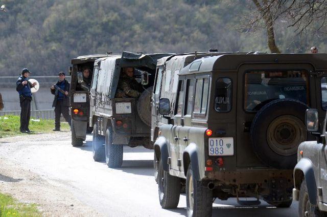 Police raids the area near the Kosovo border, political reacts in Skopje
