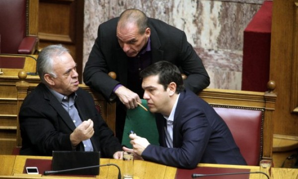 Talks with creditors progressing; pressure mounts on Greek government