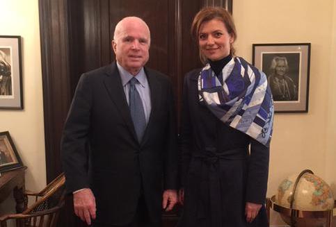 Romanian liberals' leader discusses regional security with US Senator John McCain