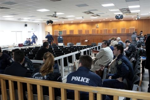 Golden Dawn trial postponed; leaders snub court