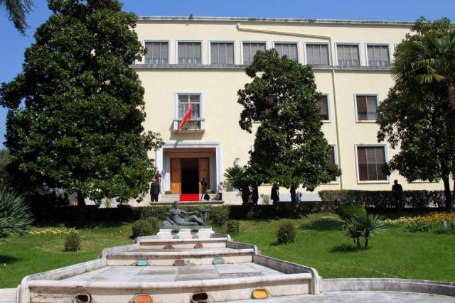 Albanian Presidential Palace returns to the public