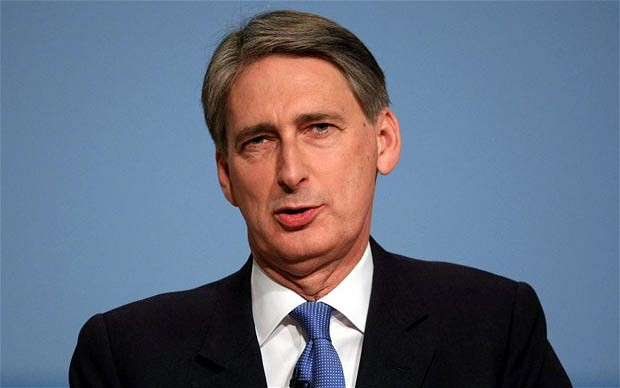 UK Foreign Secretary delights UK Cypriots with remarks on the EEZ and the settlement talks