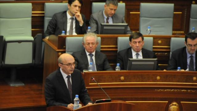 Debates between majority and opposition in the parliament of Kosovo