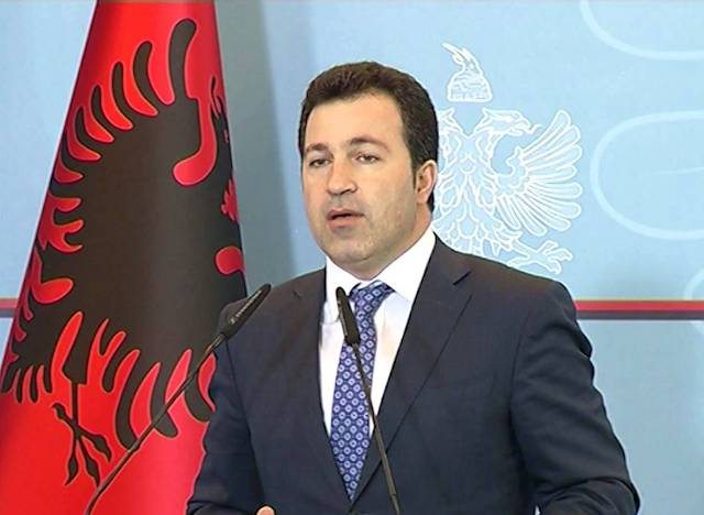 Albanian government decides to carry forward public holidays when they fall on a weekend